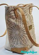 bílé perforované kabelky Montado